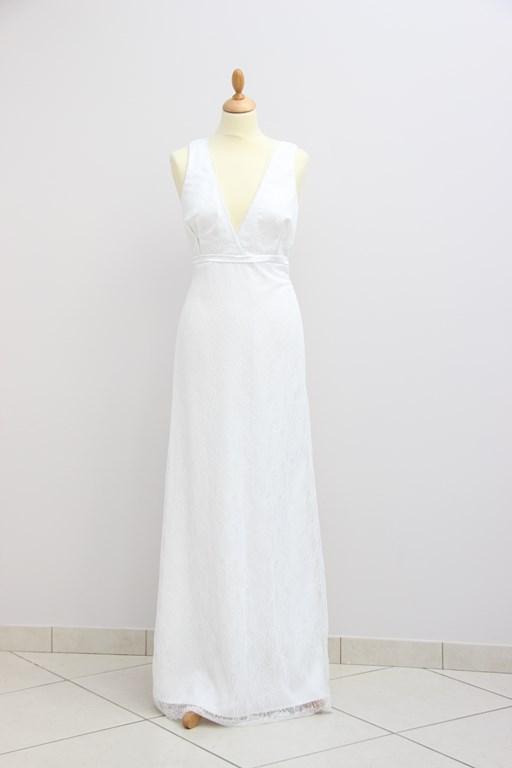 Robe de mariee en lin blanc